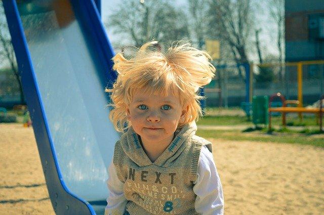 איך להרגיע ילד היפראקטיבי